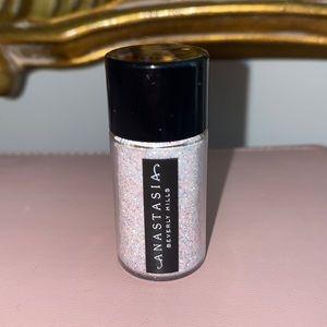 Anastasia Crystal Cave Loose Glitter